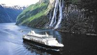 En la costa noruega surgen imponentes fiordos y glaciares. La mejor forma de visitar estos parajes es a bordo de un barco, que permite detenerse además en ciudades portuarias con encanto. (Foto: Viajes)