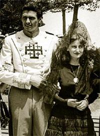 De negro y embarazada se casó la duquesa con el jinete Leoncio González de Gregorio Martí (1955).