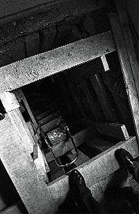Un zulo de 2,45 x 2 metros. Imagen de la estancia en la que Emiliano Revilla pasó los 249 días de cautiverio en la calle de Belisana, en Madrid.