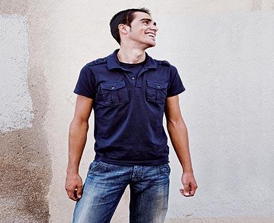 Marcado. Contador no oculta la cicatriz que le dejó la operación a la que se sometió en 2004. El ciclista madrileño tiene 25 años, mide 1,76 metros y pesa 61 kilos.