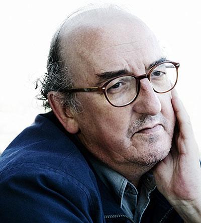 Enemigo de las fotos. Tímido por naturaleza, Jaume Roures se niega a posar y sólo admite ser fotografiado durante la entrevista.
