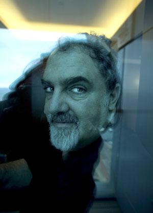 SOMBRAS AZULES. Jon Landau, de 49 años, productor de 'Avatar'. El filme costó cerca de 300 millones de euros. Lleva recaudados más de 1.750 millones.