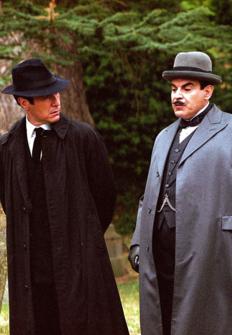 Agatha Christie: Poirot: Un triste ciprés