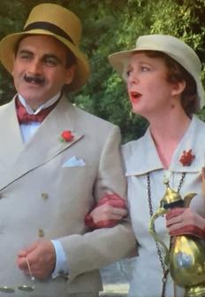 Agatha Christie: Poirot. Triángulo en Rodas