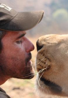 El hombre que susurra a los leones