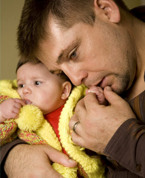 Fernando con su hija. FOTO: Antonio Heredia.