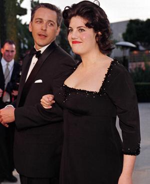 Monica acude a una fiesta de la revista Vanity Fair. FOTO: REUTERS.