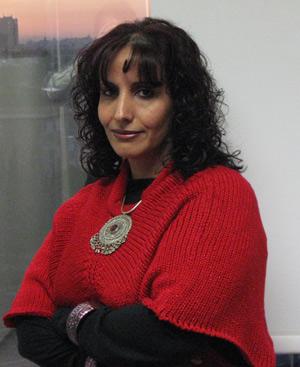 La artista yemení Amna Al Nasiri.