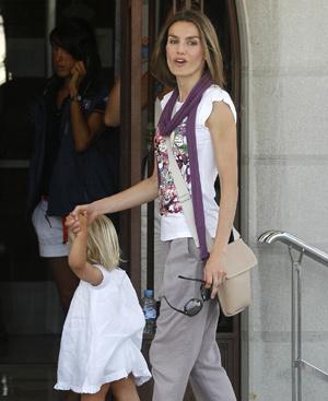 La Princesa de Asturias en Mallorca con la pequeña infanta Sofía. Foto: AFP.