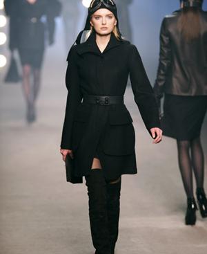 Salida del desfile de Hermès otoño-invierno 09/10. FOTO: Podium Pictures