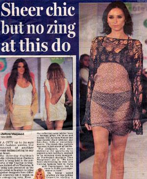 Nuestra modelo-reportera en el diario 'Mail Today' de Nueva Delhi.
