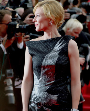Cate Blanchett, en Cannes, con vestido de Alexander McQueen. FOTO: Gtresonline