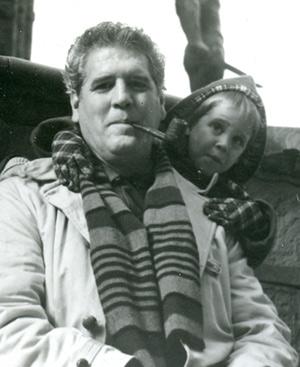 María Vela y su padre, en la Piazza della Signoria de Florencia, en 1962.