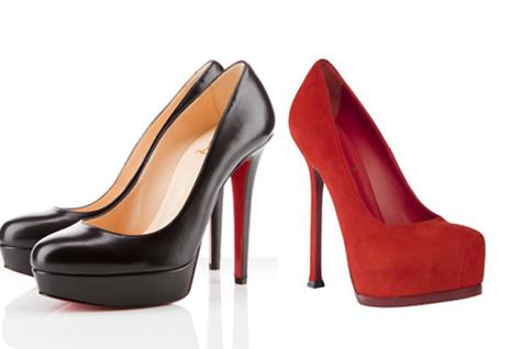 A la izquierda, zapato de Louboutin; a la derecha zapato de la firma YSL.