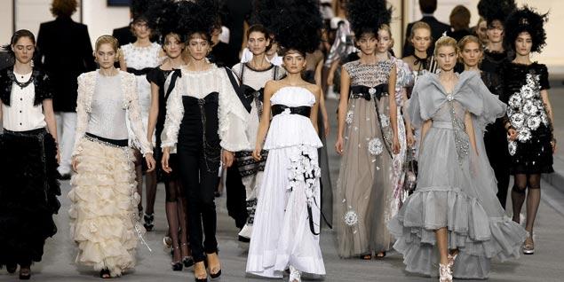 ae0086ae80 Chanel ocupa el segundo puesta en la lista de las firmas de moda más  lujosas del