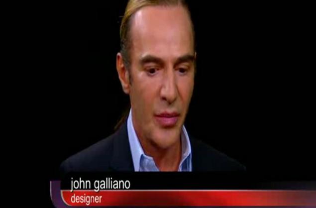 John Galliano, anoche, en su primera aparición en televisón, entrevistado por Charlie Rose.